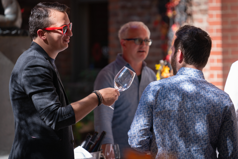 Vinmarket – Red Sunglasses-4